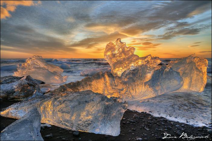 5 - Ice on Fire1 - foto Iurie Belegurschi - fotografiromani-ro